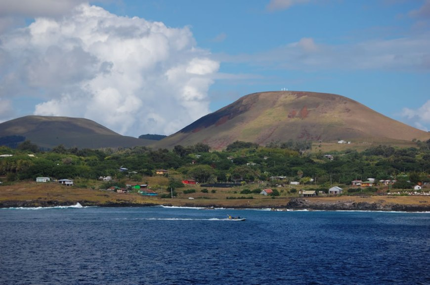 Rapa Nui (Easter Island) as seen from offshore