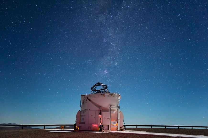 ESO -Starlight Shines Brightly Above Paranal