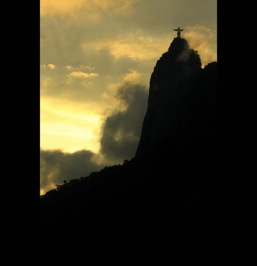 Christ the Redeemer - Another day passes