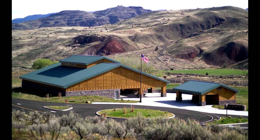 John Day Fossil Beds National Monument -  Thomas Condon Paleontology Center