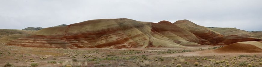 Panorama Painted Hills in the John Day Fossil Beds National Monument