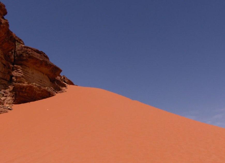 Sand dune in Wadi Rum
