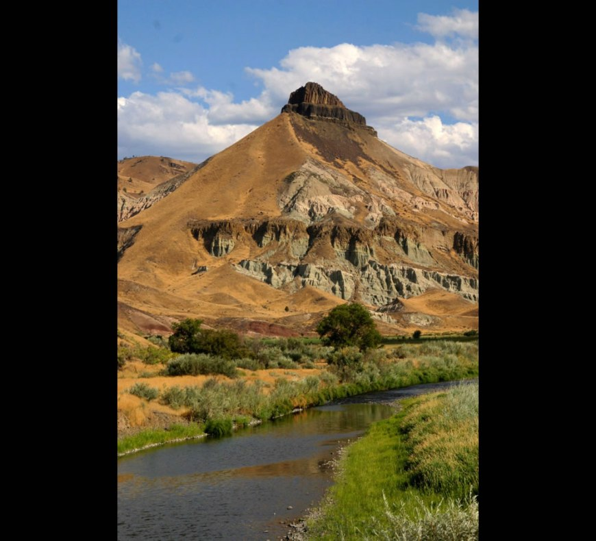 Sheep Rock, John Day Fossil Beds National Monument, Oregon