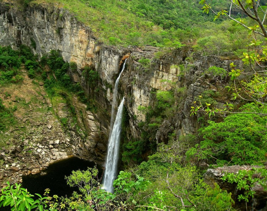 why today is a day of sightseeing and nothing better than a ride with waterfall bath ...Chapada dos Veadeiros