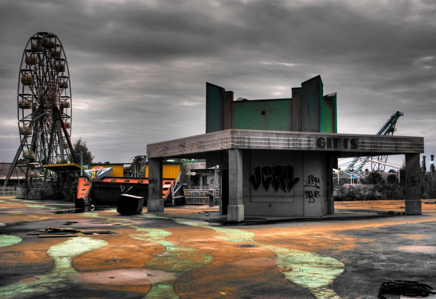 Souvenir dreams - abandoned Six Flags - New Orleans