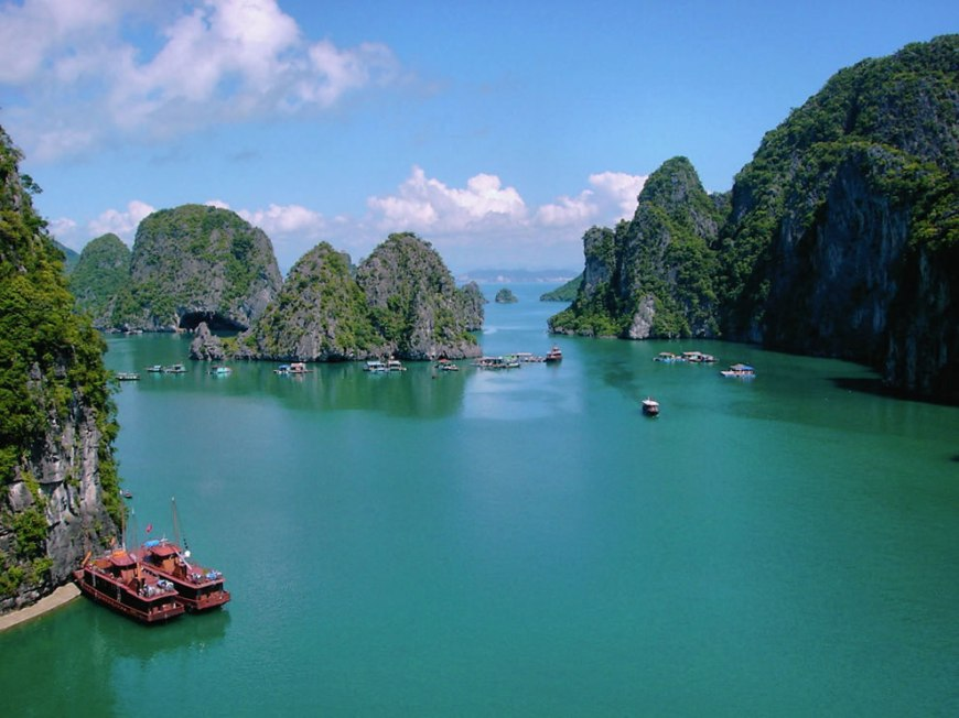 Another day in Ha long Bay, Vietnam