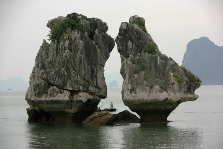 Kissing Rocks in Halong Bay in Vietnam