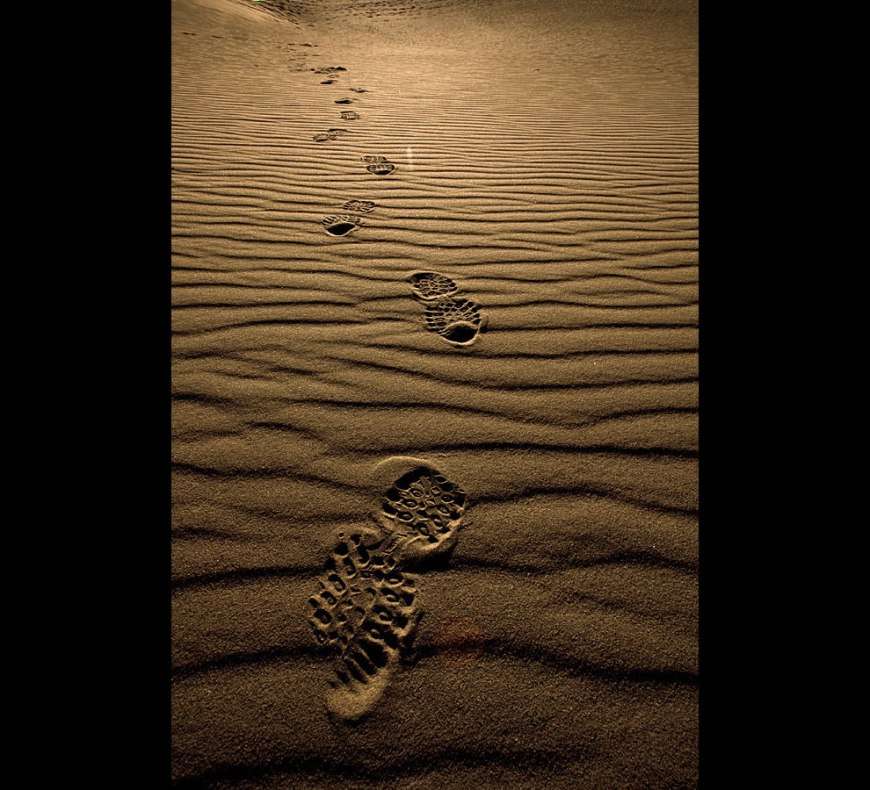 Lonely footprints in the sands of Death Valley