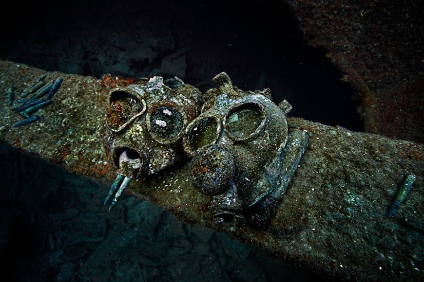 Suspiciously placed gasmasks in the hold of the Nippo Maru at about 40m