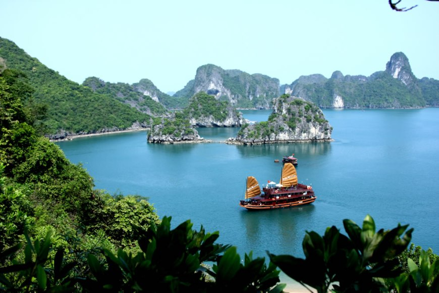 Trekking Travel's Asia Cruise in Halong Bay