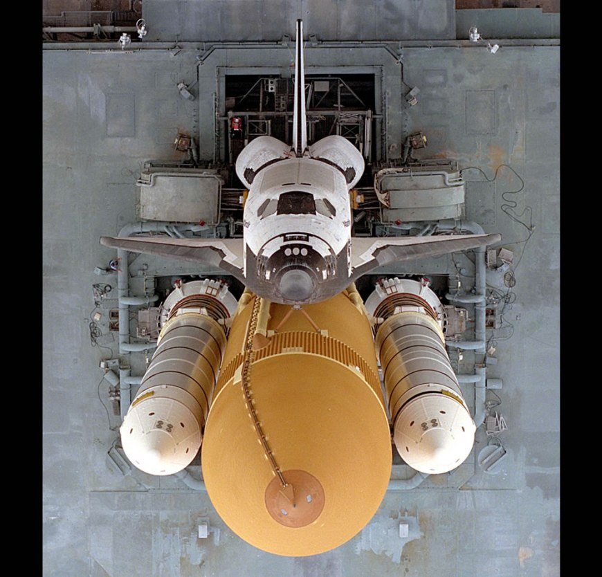 Atlantis Rollout STS-79 - Overhead View of Atlantis Stack Rollout