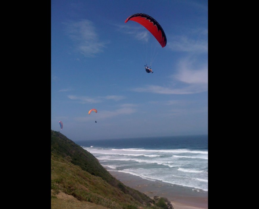 iPhone capture - Paragliding on the beach