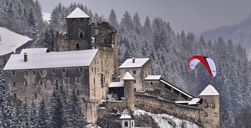 Paragliding near Castle Heinfels Holzbruecke in Austria