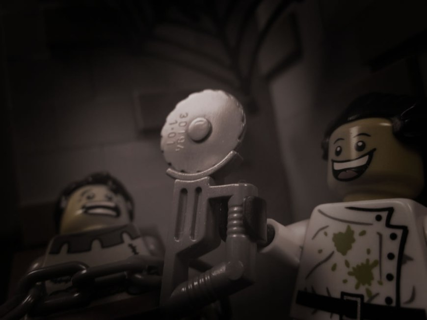 Lego Dr. Frankenstein