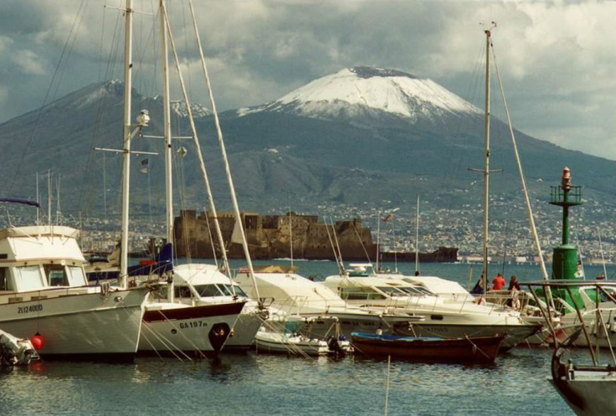 Mergellina harbor with views of Vesuvius and Castel dell 'Ovo