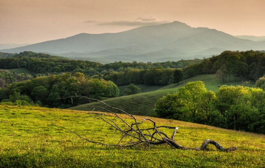 who named the blue ridge mountains - photo#24