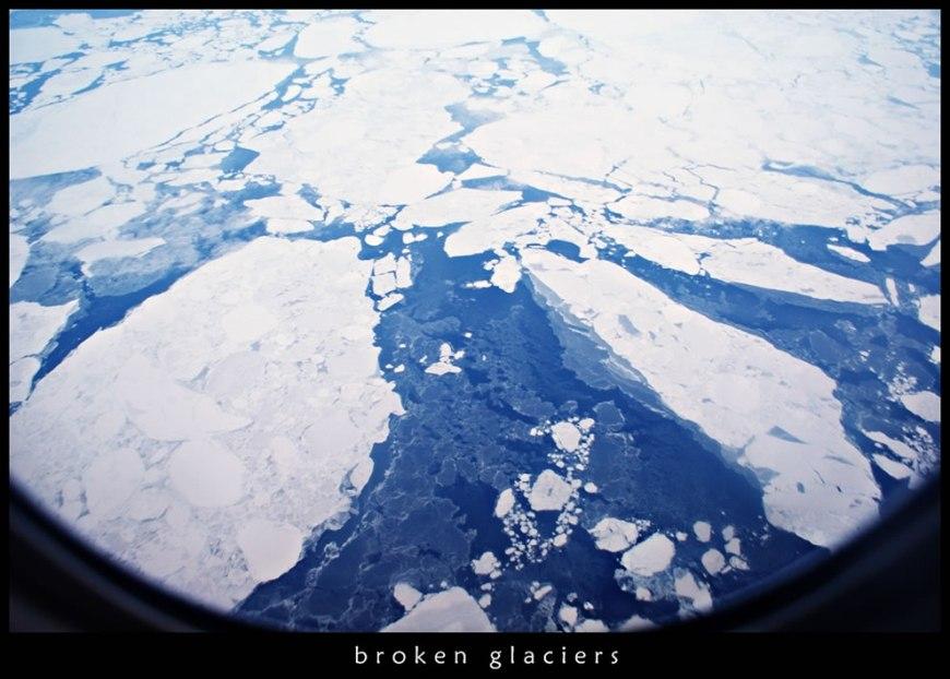 Broken glaciers of north pole