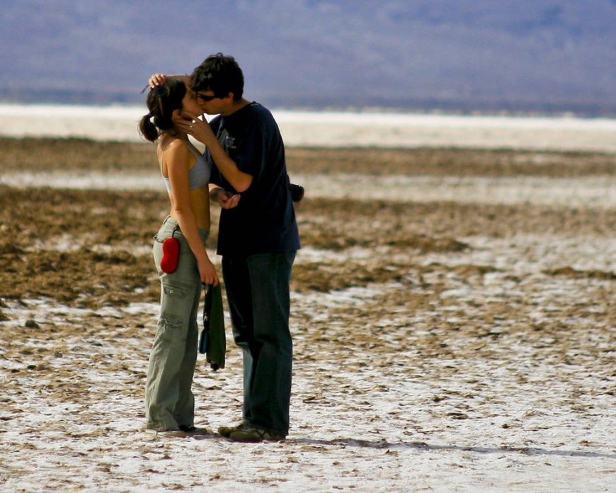 Death Valley Kiss