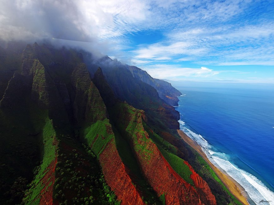 Napali aerial view of the coast on Kauai