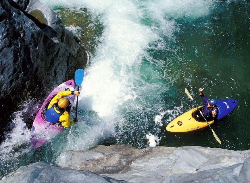 Running Showerhead Falls Trinity River California, extreme kayaking