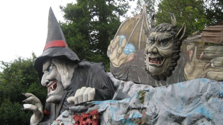 Witch and werewolf at abandoned Nara Dreamland, Japan, in 2008