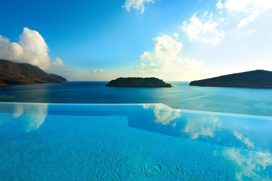 Blue Palace Resort & Spa, Elounda—Private Infinity pool
