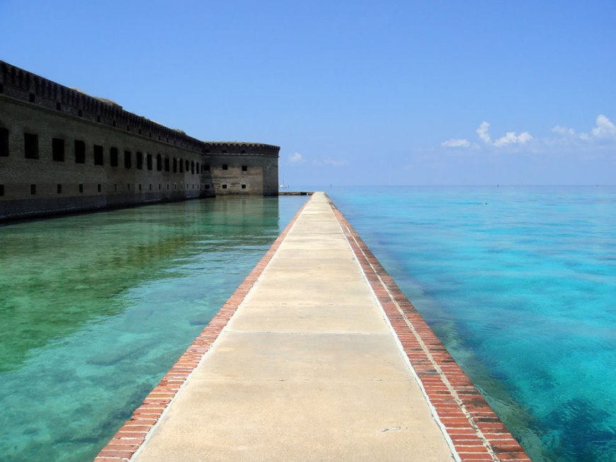 The moat and turquoise crystal clear water at Dry Tortugas National Park