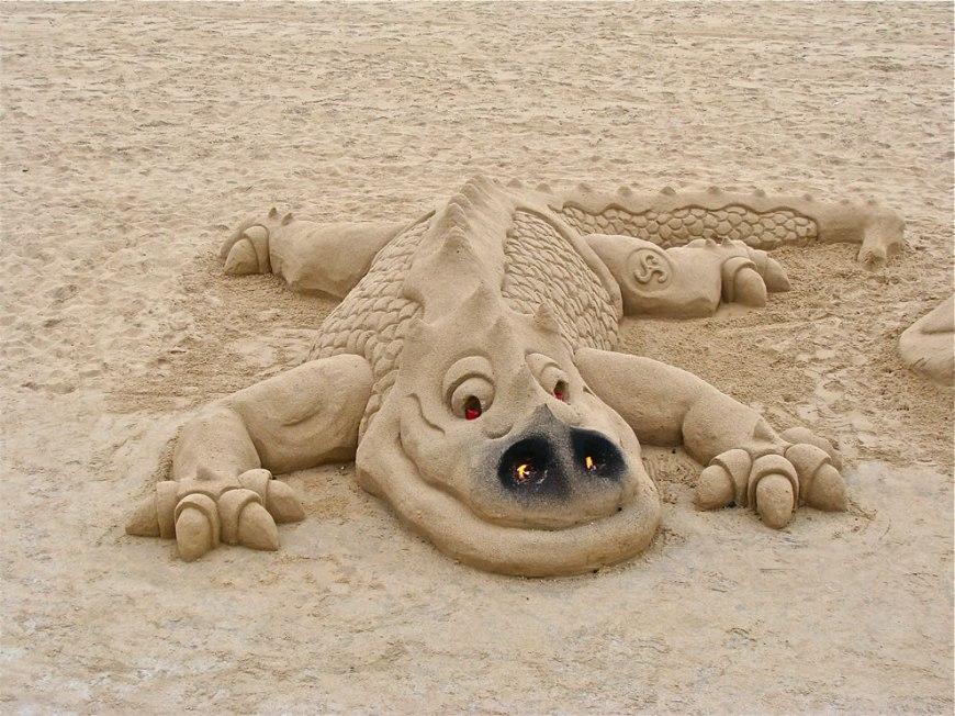 Sand sculpture Happy sand dragon