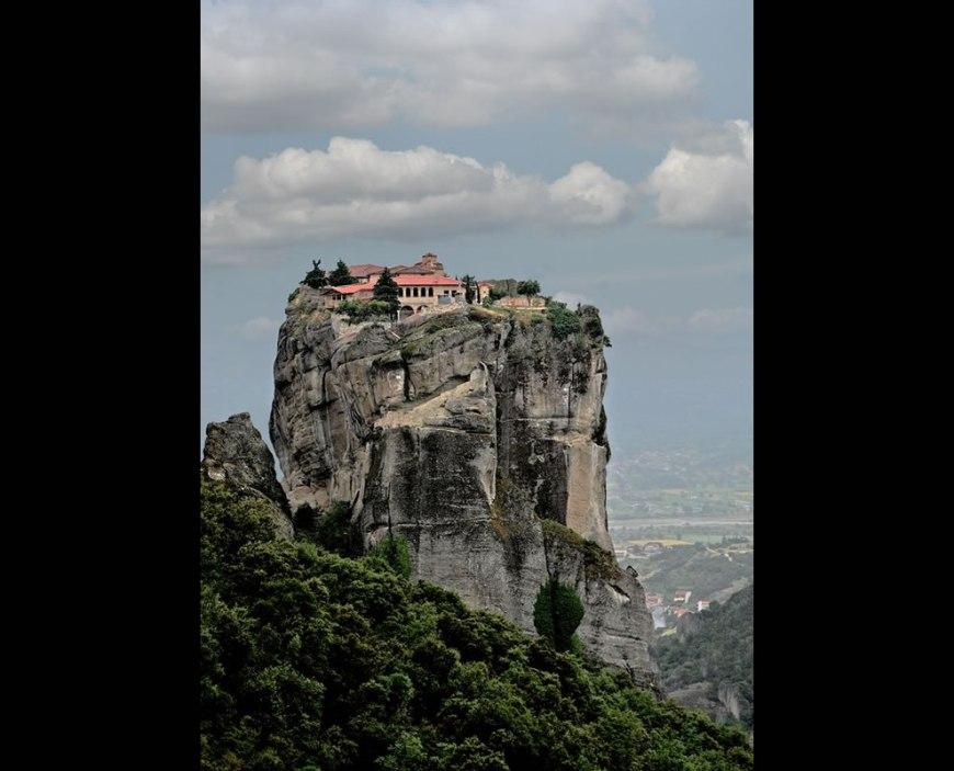 METEORA MONASTERY (GREECE, METEORA) Sense of Place