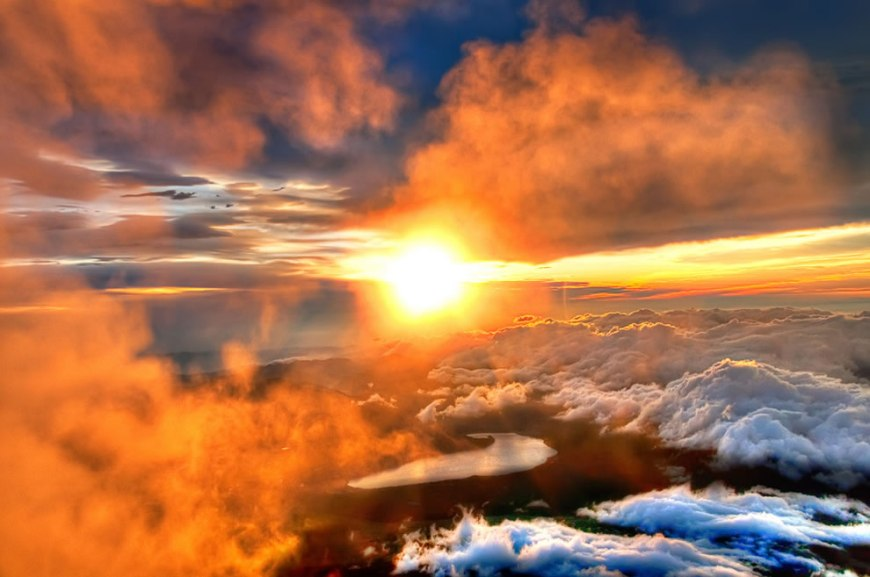 Majestic Sunrise from the Summit of 富士山 Fuji-san Mount Fuji